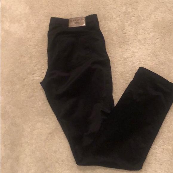 Beautiful black velvet jeans by Escada - size 40